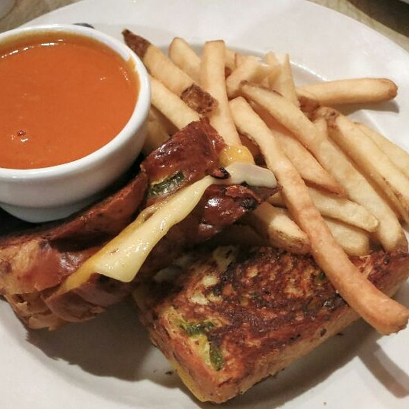 Grilled Cheese & Tomato Soup - Toast Birmingham, Birmingham, MI