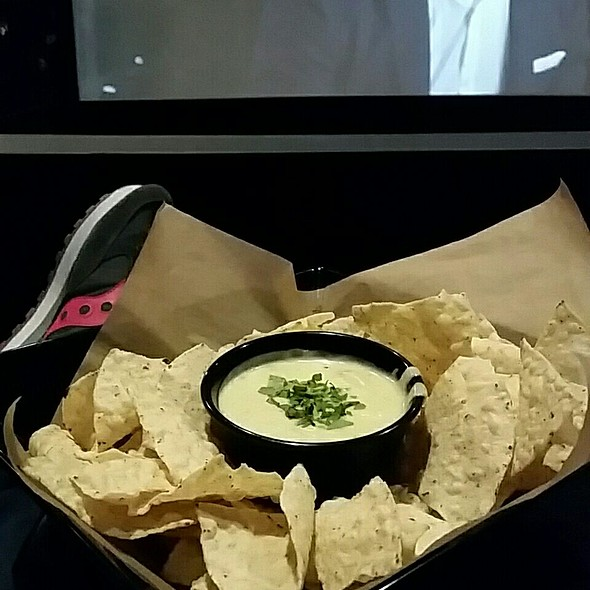 Chips And Queso @ Moviehouse & Eatery