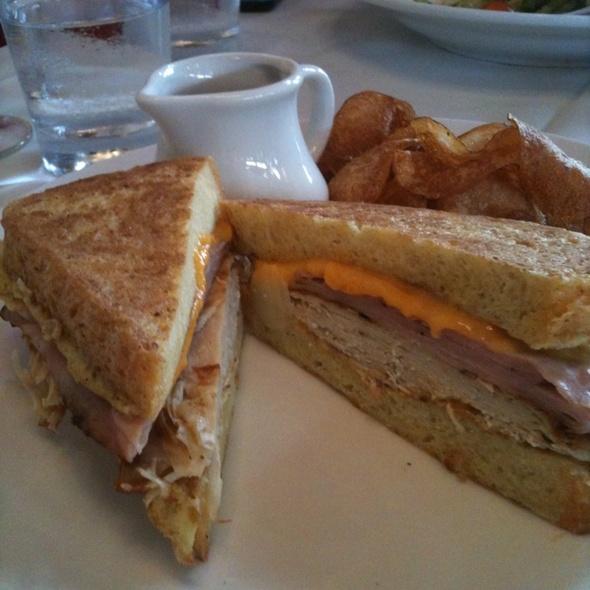 Monte Cristo Sandwich @ Sonata