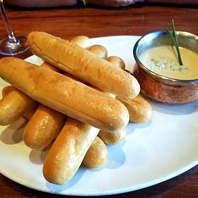 Gorgonzola Bread Sticks