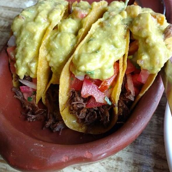 Tacos Mexicanos @ El Mariachi