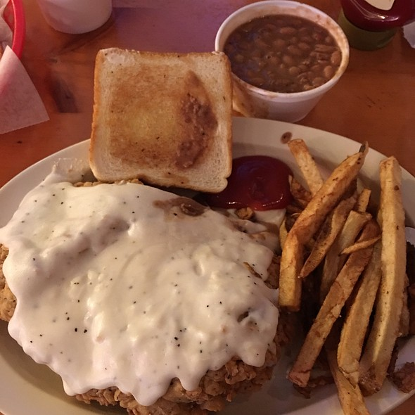 Chicken Fried Steak @ Freiheit Country Store