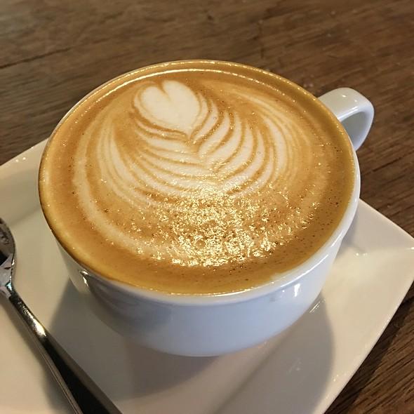 Cappuccino @ Bean Bar