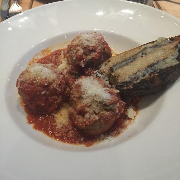 Meatballs @ Pizzeria Libretto