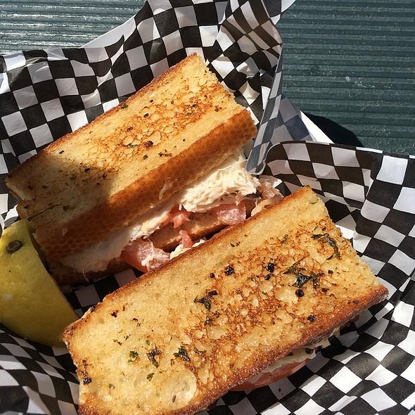 Crazy Crab'z Sandwich