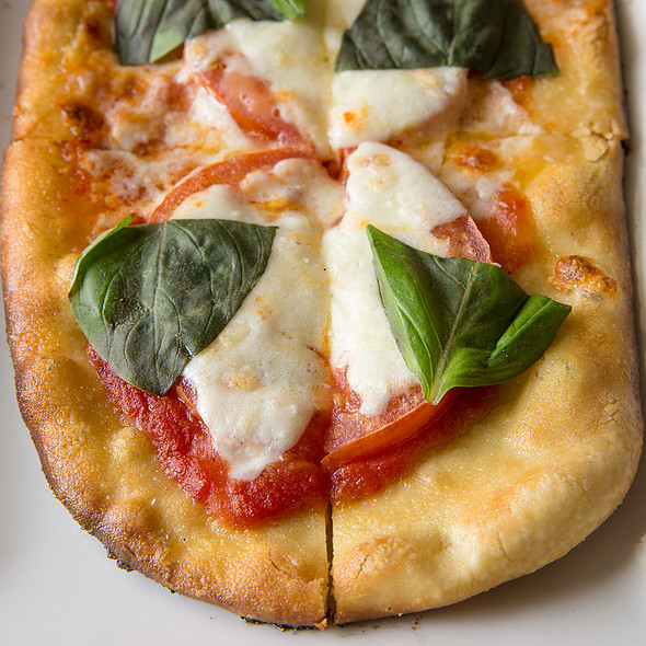 Fresh Tomatoes & Claudio's Mozzarella Flatbread @ Paramour at Wayne Hotel
