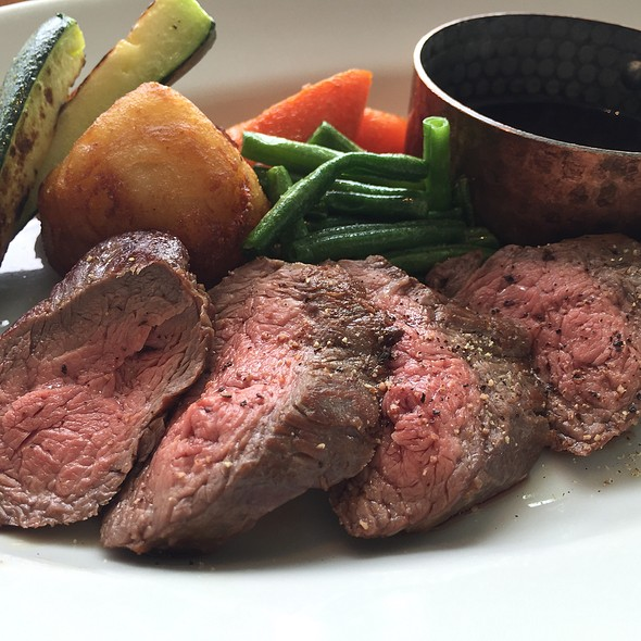 Steak @ 100本のスプーン 二子玉川ライズ店