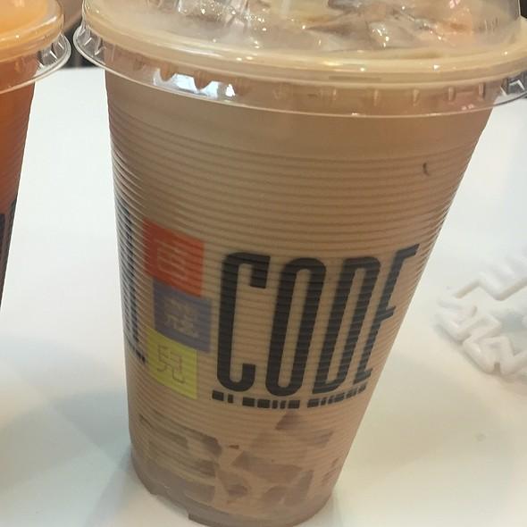 Black Milk Tea With Lychee Jelly @ Bar Code