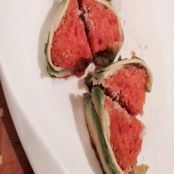 Green Phoenix Sushi Roll