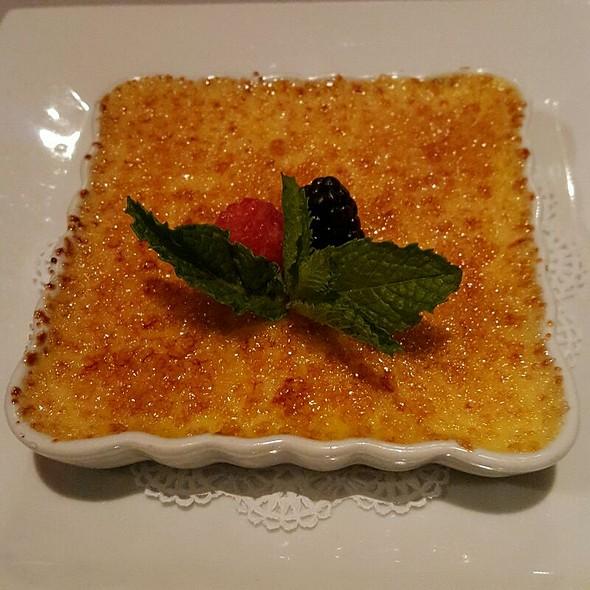 Mango Crème Brulee - Etcetera Etcetera, New York, NY
