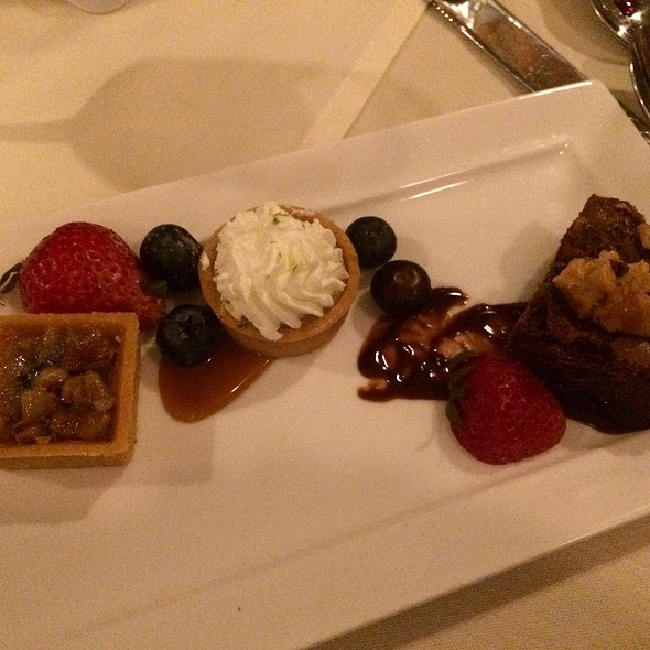 Dessert Trio @ Washington House