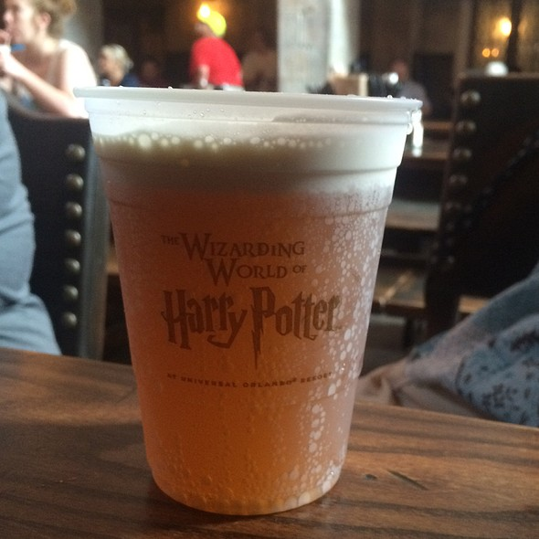 ButterBeer @ Leaky Cauldron