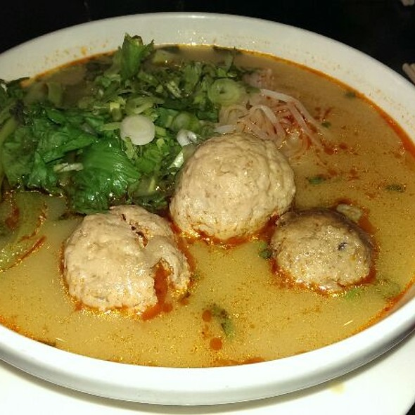 Curried Chicken Meatball w/ Vermicelli @ Boi Noodle
