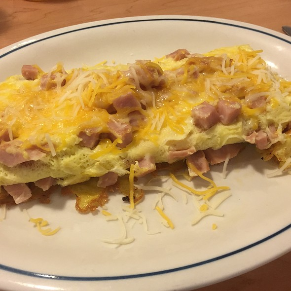 Hearty Ham And Cheese Omelette @ IHOP
