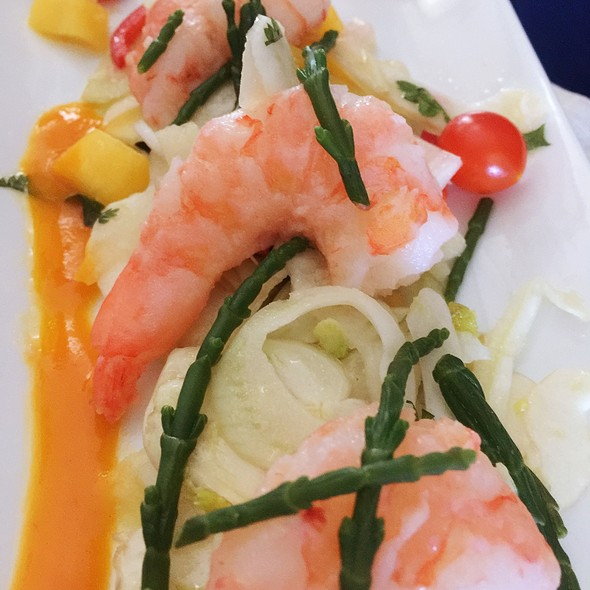 Lemongrass Prawns @ Delta Air Lines First Class Lunch