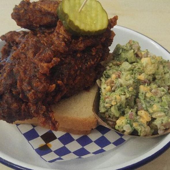 Nashville Hot Chicken @ Royals Hot Chicken