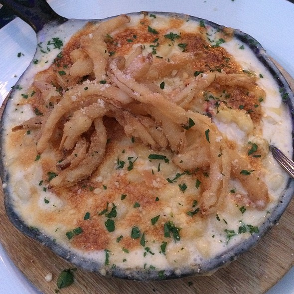 Lobster Mac'n Cheese @ Onesto Pizza & Trattoria