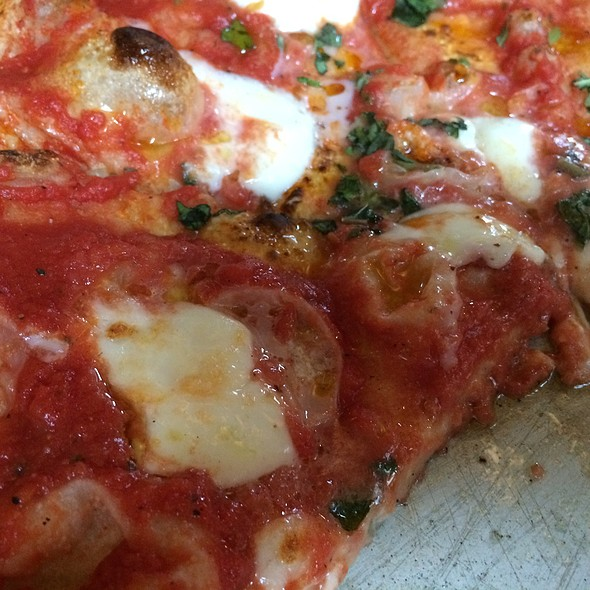 Margherita Pizza @ Hill and Holler Pizza