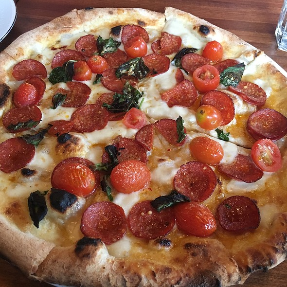 Diavola Pizza @ Via Marina Wood Fired Pizza & Italian Cafe