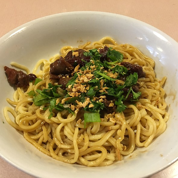 House Noodle with Beef @ Yamo