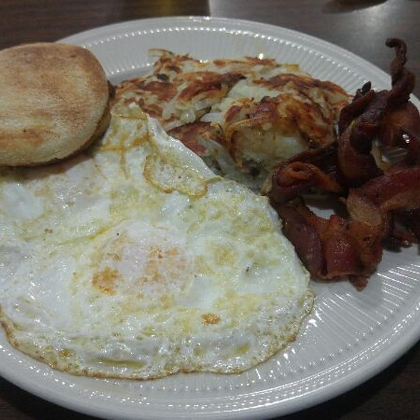 Bacon and eggs @ Stacy's Restaurant
