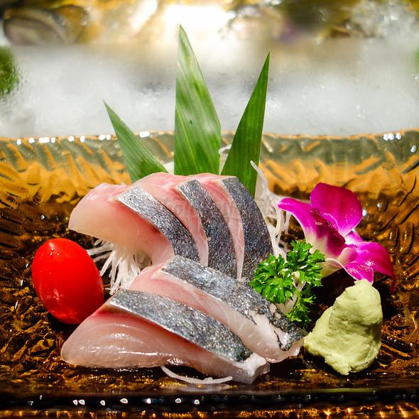 Sashimi Kanpachi 間八 a.k.a Greater Amberjack @ Nhan Sushi Hanoi