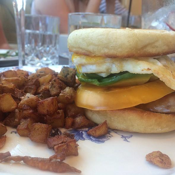 Breakfast Sandi @ Ox & Son
