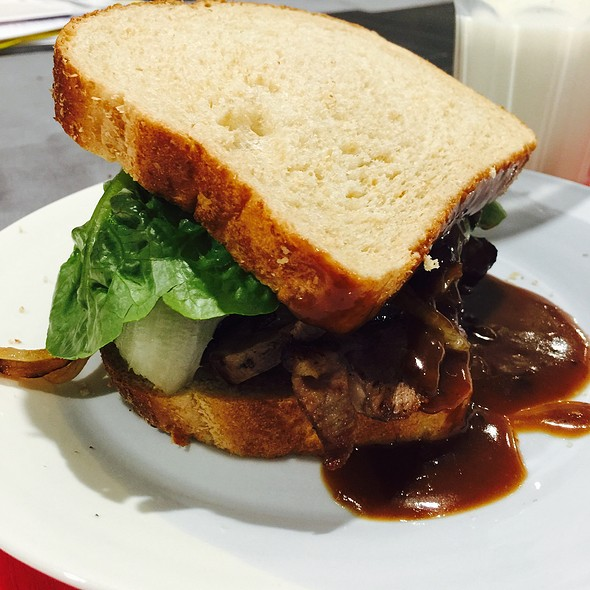 Lamb Sandwich @ Chookys
