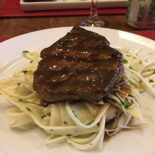 Filet Mignon Com Espaguete De Pupunha @ Cais do Oriente