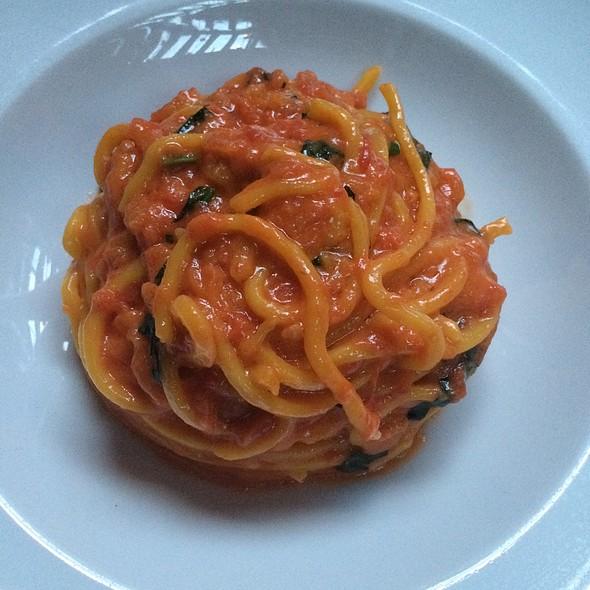 Spaghetti With Tomato & Basil @ Scarpetta