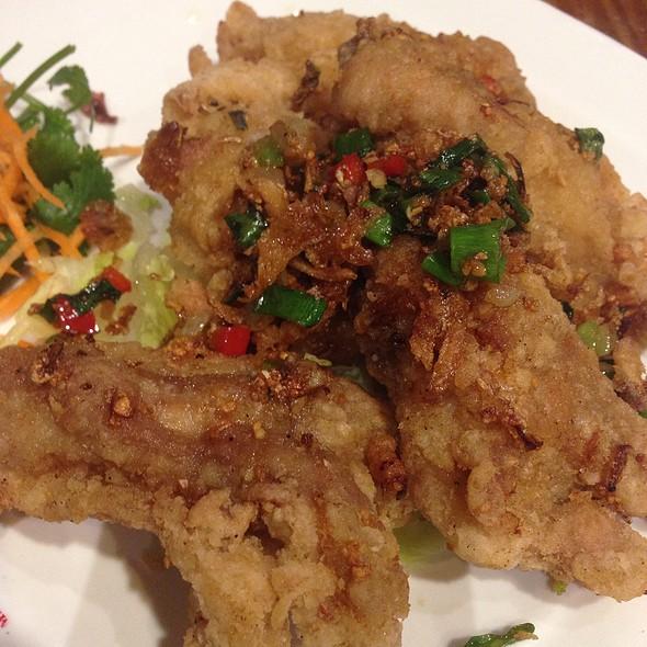 Spicy Salt And Garlic Chicken Ribs @ Petaling Street (Clayton)