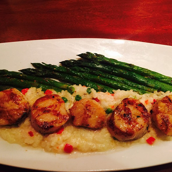 Scallops & Risotto - Seasons 52 - Ft. Lauderdale, Fort Lauderdale, FL