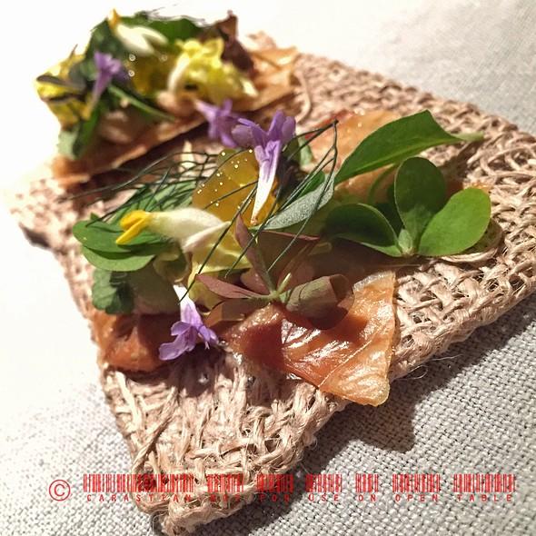 Chicken Skin @ Hotel/Restaurant Taubenkobel
