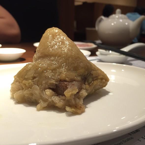 Pork Rice Dumpling @ Imperial Treasure @ Amara
