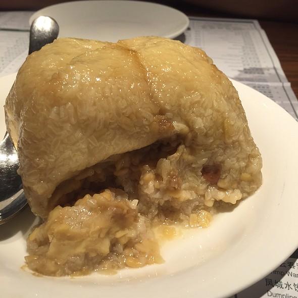 Pork And Scallop Rice Dumpling @ Imperial Treasure @ Amara