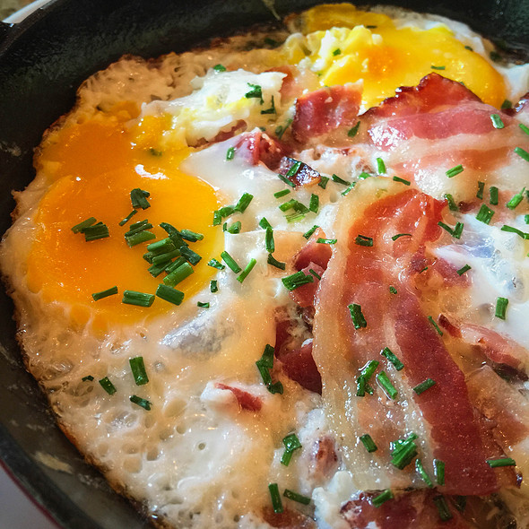 Eggs And Bacon @ Le Dunkerque