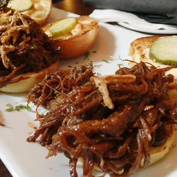 Beef Brisket Sliders @ The Three Monkeys