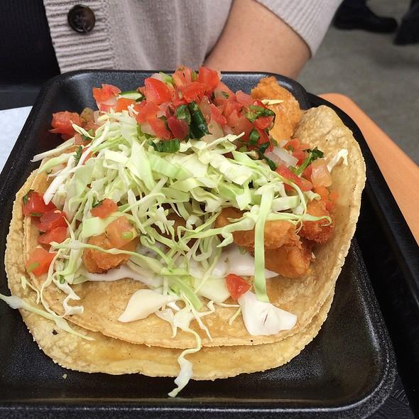 fish tacos @ Cali Tacos