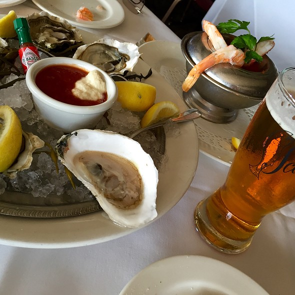 Oysters @ Scoma's Restaurant