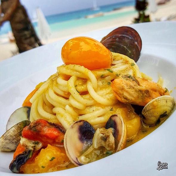 Spaghetti Con Vongole Cozze E Pomodori Gialli Del Cilento @ Tracadero