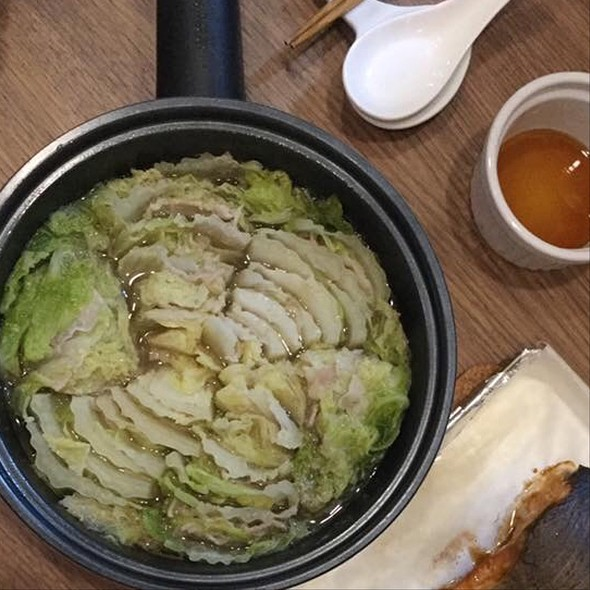 Mille Feuille Nabe @ Sunny Island