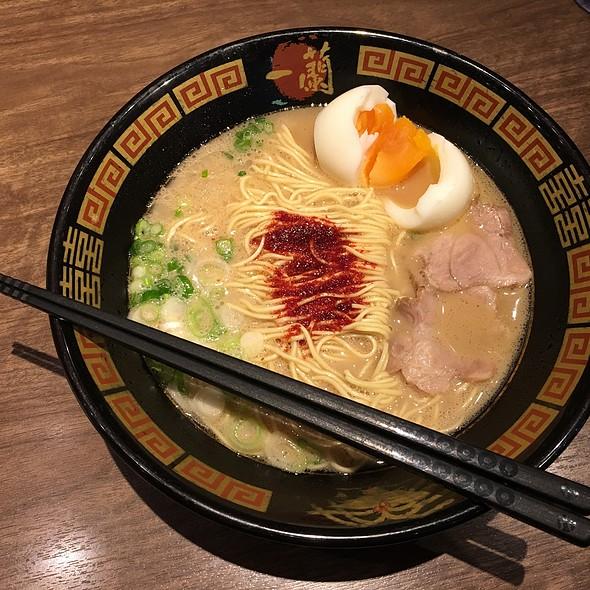 Ramen With Soft Boiled Egg @ ラーメン 一蘭  京都八幡国道1号線沿い店