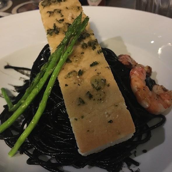 Squid Ink Pasta @ Highlands Prime Steakhouse