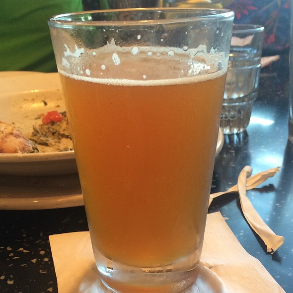 Founders Mango Magnifico Beer @ Brixx Wood Fired Pizza