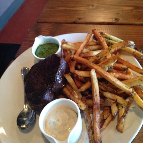 Serloin And Fries @ Acres