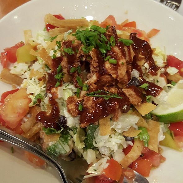 BBQ Chicken Chopped Salad