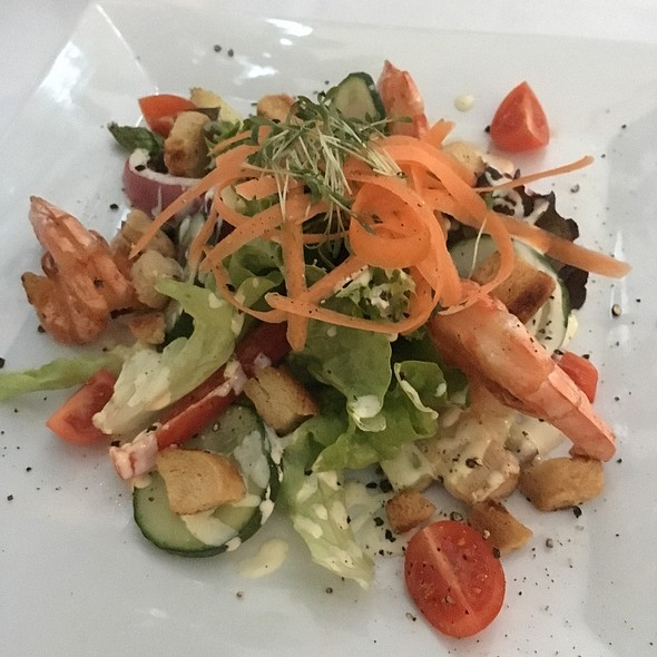 Prawns & Asparagus Salad @ Porzellan