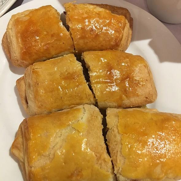 Crunch Pork Pastry