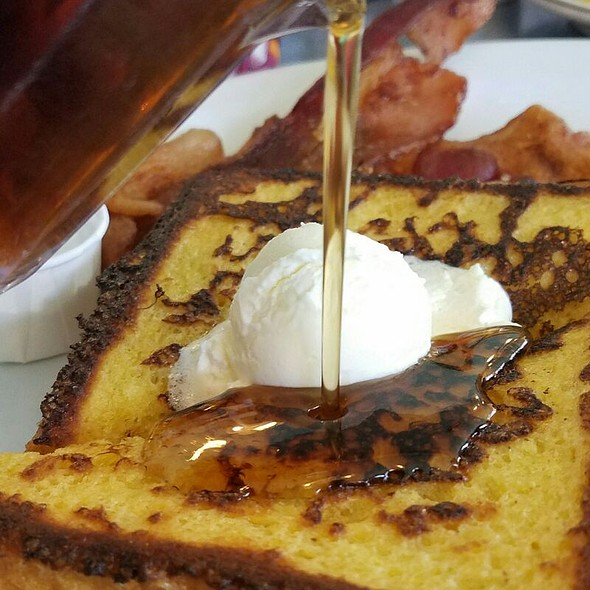 French Toast @ Peter's Cafe