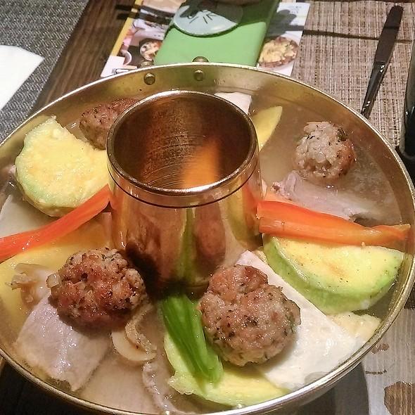 韓國宮廷雜錦鍋 Assorted Korean Palace Pot @ DAMUN Korean Cuisine & Bar